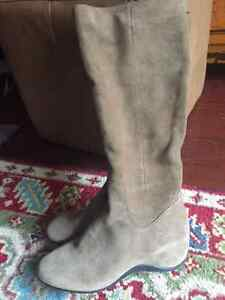 DYNY  Beige Suede Tall Boots - NEW never worn size 9.5
