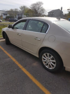 *NEW PRICE** 2011 Buick Lucerne only 40k clicks!