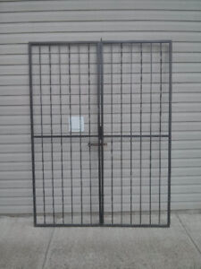 Lockable Steel Security Gates with Sill and Header Pins