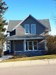 Renovated house for rent in CARDSTON, AB--AVAILABLE Nov.1