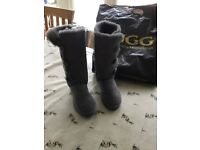 Brand new size 6 Uggs