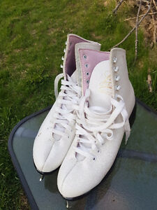 Brand New Never Worn Figure Skates Size 8
