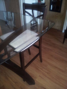 Glass Table - 4 chairs