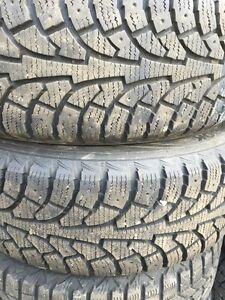Ensemble de roues et pneus 205/55r16 Mazda  Saguenay Saguenay-Lac-Saint-Jean image 1