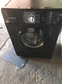 Black washing machine 6kg