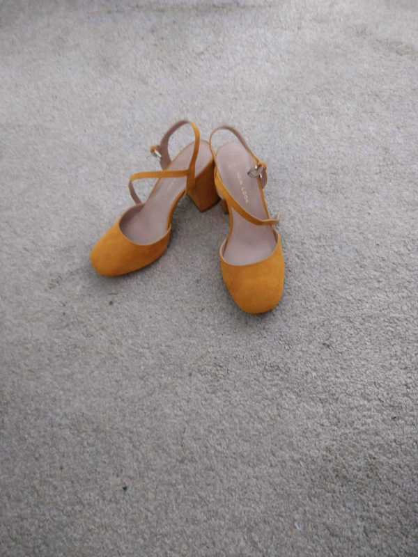 efe6405ac3d Mustard shoes | in Nuneaton, Warwickshire | Gumtree