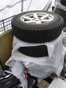 tire P 235- 65R17