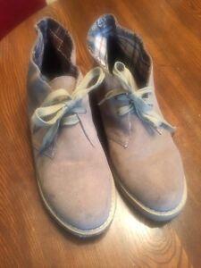Size 7.5 men's retro 80ms style Desert boot