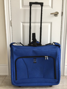 Heys 2 wheels Business case / garment travel bag / luggage