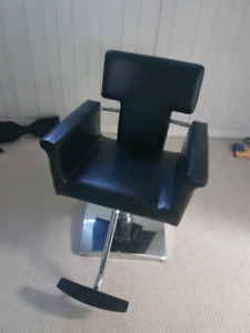 SALON CHAIR AND SINK FOR SALE