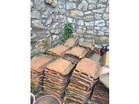Roof tiles/slabs