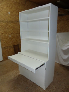Bookshelf/Storage units with Pull out Desks