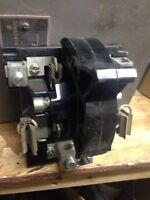 Interieur de switch CEB 100A /250Volts