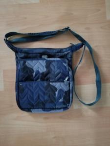 Lug crossbody purse