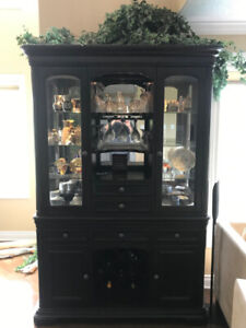 Dining Buffet/Hutch For Sale - Fine Condition