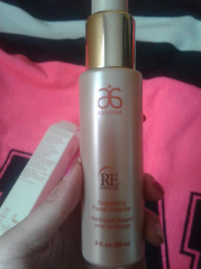 Arbonne Smoothing Facial Cleanser