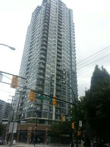 1 bed & den 1 parking,  Luxurious condo in the heart of Yaletown