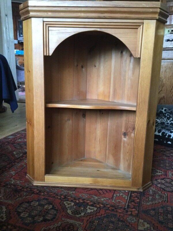 Pine hanging corner cabinet