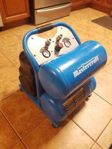 Almost New 5 Gallon Mastercraft Compressor with Nail Gun