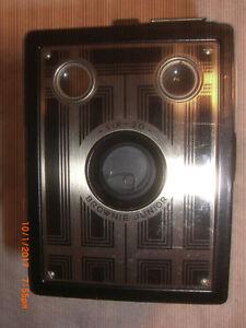 1930's Six-20 Brownie Junior Camera