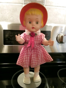 1963 Bonnet Head Doll
