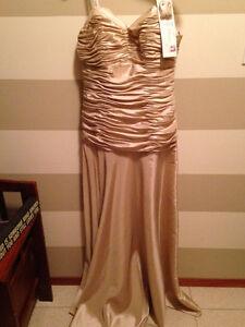 Badgley Mischka Grad Dresses