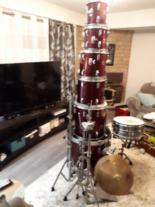 Tama 5 pc. (made in Japan!), hardware, Paiste cymbals