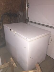 Kenmore 9 Cubic ft Chest Freezer