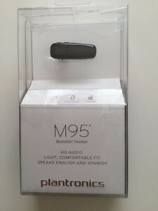 Brand New Plantronics M95 Bluetooth Headset Black Kitchener / Waterloo Kitchener Area image 1