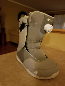 K2 women snowboard boots NEW size 8