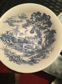 Vintage Enoch Wedgwood Tunstall Countryside Round Serving Bowl