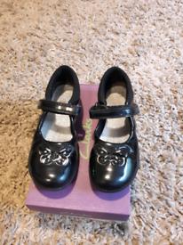 5c33c582778 Clarks shoes size 12E