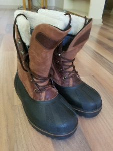 -40C Winter Boots 10, New with Tags