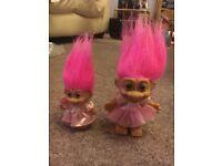 2 trolls (Russ)