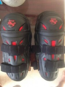 for sale ICON Stryker Field Armor Knee Guards $110