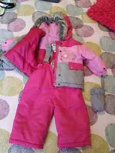Girl snow suit with mittens