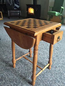 Unique Oak Checkers/Chess Table