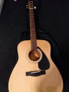 Cheap acoustic guitar for sale!