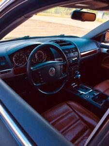 Vw Touareg V8 - Peinture neuve - Cuir Brun - Mags Porsche 20''