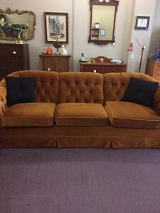 Vintage 70s Gold tufted skylar couch and love seat