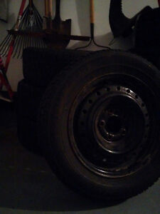 4 tires with rims 195/65R15