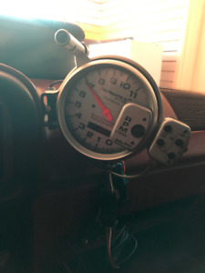 Autometer 6885 Ultimate Playback Tach