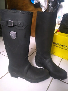 Kamik Womens size 11 knee high water proof rainboots