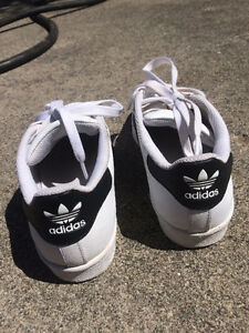 Women's Adidas Superstars - Great Condition