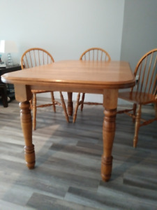 Bass River Solid Wood Dining Room Table, 4 Chairs and Hutch