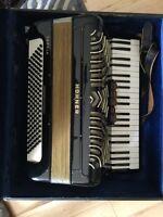 Hohner 120 bass accordion
