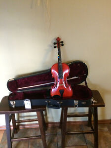 Adult Violin/ Fiddle..price reduced.. must sell