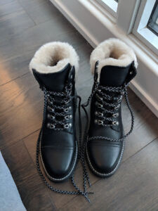Frye Samantha Hiker Combat Boots *NEW with tags & box* Size 7