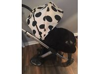 Babystyle oyster complete travel system with accessories £200