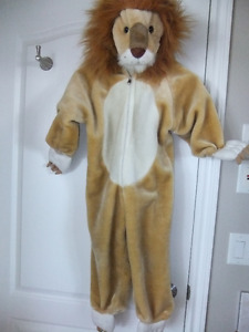 Lion Costume - fits to size